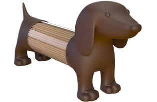 מתקן קיסמים בעיצוב כלב נקניק