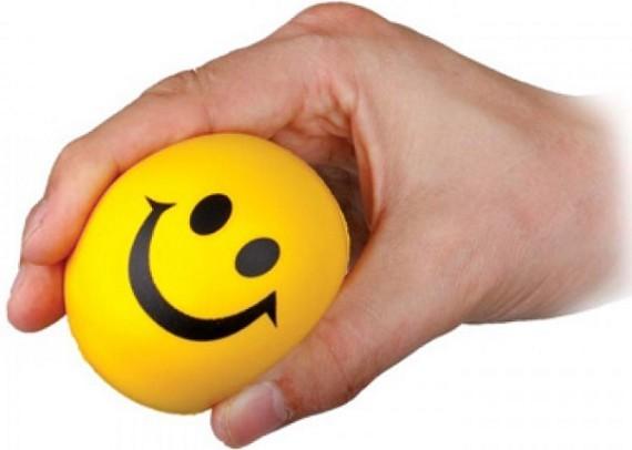 כדור לחץ בעיצוב סמיילי שמח עם לוגו חברה